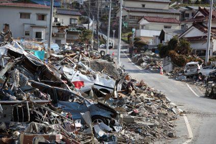 """「防災の日」に振り返る、家庭でできる備えと最新の""""地震予知""""サービス"""